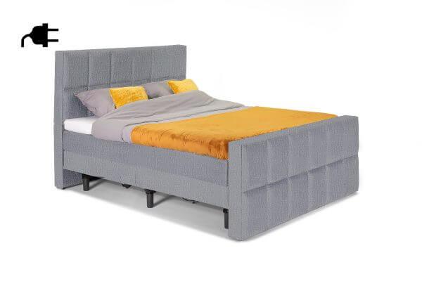 William Luxe Bed